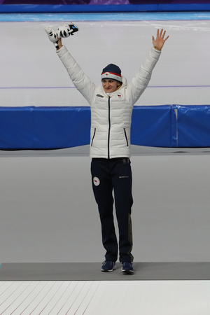 GANGNEUNG, SOUTH KOREA - FEBRUARY 16, 2018: Silver medalist Martina Sablikova of Czech Republic during venue ceremony after Ladies 5,000m Speed Skating at the 2018 Winter Olympic Games Redactioneel