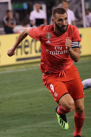 EAST RUTHERFORD, NJ - AUGUST 7, 2018: Striker Karim Benzema of Real Madrid #9 in action against Roma in the 2018 International Champions Cup match at MetLife stadium. Real Madrid won 2-1 報道画像