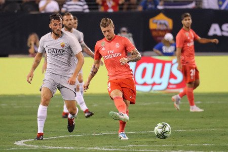 EAST RUTHERFORD, NJ - AUGUST 7, 2018: Toni Kroos of Real Madrid #8 in action during the 2018 International Champions Cup match against Roma at MetLife stadium. Real Madrid won 2-1 報道画像