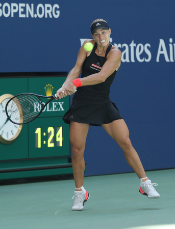 NEW YORK - AUGUST 30, 2018: Grand Slam champion Angelique Kerber of Germany in action during her 2018 US Open second round match at Billie Jean King National Tennis Center Éditoriale