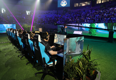 MELBOURNE, AUSTRALIA - JANUARY 27, 2019: Hundreds Fortnite gamers compete during Fortnite Summer Smash at Australian Open 2019 in Melbourne. Fortnite is an online video game developed by Epic Games and released in 2017