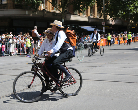 MELBOURNE, AUSTRALIA - JANUARY 26, 2019: Vintage Cycle Club of Victoria members participate at the 2019 Australia Day Parade in Melbourne Reklamní fotografie - 120528530