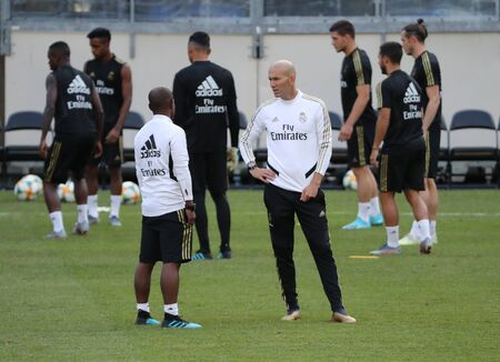 EAST RUTHERFORD, NJ - JULY 25, 2019: Manager of Real Madrid Zinedine Zidane during pre match training session before 2019 International Champions Cup game vs Atletico de Madrid at MetLife stadium Redactioneel