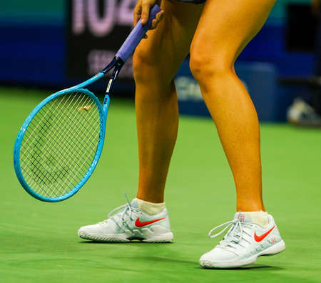 NEW YORK - AUGUST 26, 2019: Five times Grand Slam Champion Maria Sharapova of Russia wears custom Nike tennis shoes during her 2019 US Open first round match against Serena Williams 新聞圖片