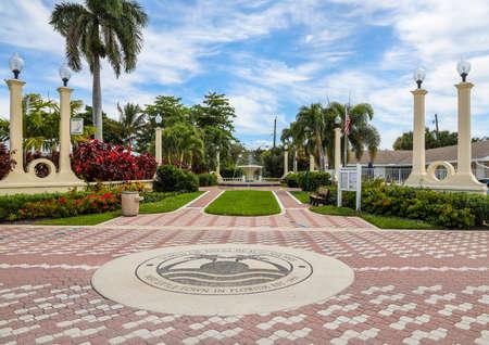 PALM BEACH SHORES, FLORIDA - MARCH 30, 2019: Town of Palm Beach Shores in Florida 新闻类图片