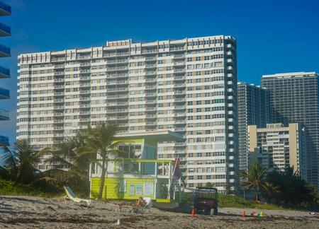 HALLANDALE BEACH, FLORIDA - JANUARY 1, 2021: Hallandale Beach Lifeguard Station in South Florida. Hallandale Beach is a city in Broward County, Florida Sajtókép