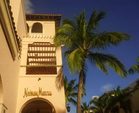 PALM BEACH, FLORIDA - OCTOBER 28, 2020: Neiman Marcus department store at the Worth Avenue in Palm Beach, Florida. Worth Avenue is an upscale shopping and dining district in Palm Beach, Florida Sajtókép