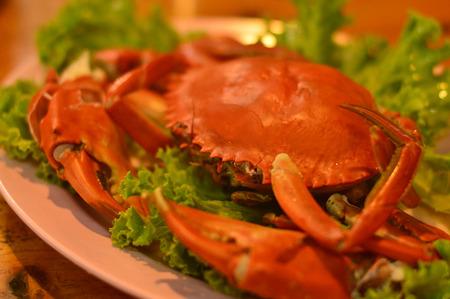 gules: crab