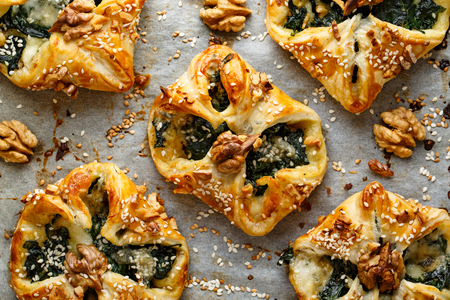 puffs: Spinach puffs with Addition of Gorgonzola cheese, walnuts and sesame seeds