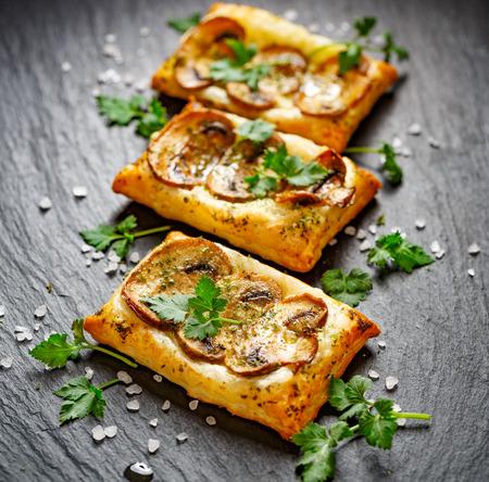 Small mushroom tarts with Addition of fresh parsley