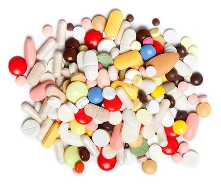 着色された丸薬、錠剤やカプセル、白地に