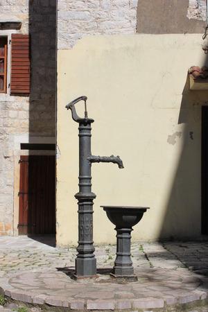 tap column