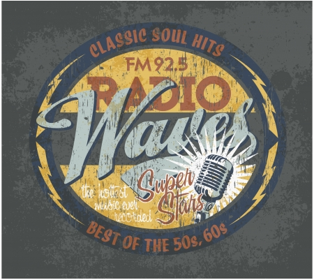 microfono de radio: Letrero de radiodifusión Vintage - Ilustraciones del vector en colores personalizados para la ropa del muchacho, efecto del grunge en una capa independiente