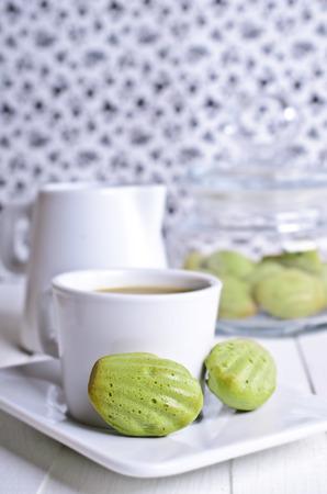madeleine: Cake Madeleine green baked powder tea matcha