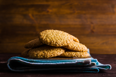 sesame cracker: Round cookie with sesame seeds. Selective focus.