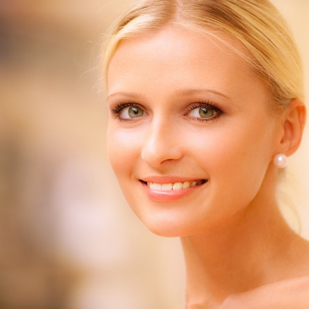 Charming young woman against beautiful grandiose hall. Stock Photo - 8016525