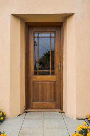 Houten deur met glas