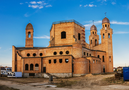 borromeo: Church of Sts. Charles Borromeo during construction. Bialystok is the largest city in northeastern Poland and the capital of the Podlaskie Voivodeship. Stock Photo