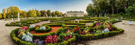 european: Branicki Palace is a historical edifice in Bialystok, Poland. It was developed on the site of an earlier building in the first half of the 18th century by Jan Klemens Branicki.