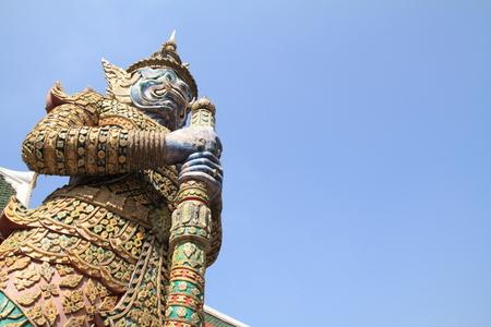 phra si rattana chedi: Yak in Wat Phra Kaew, Bangkok