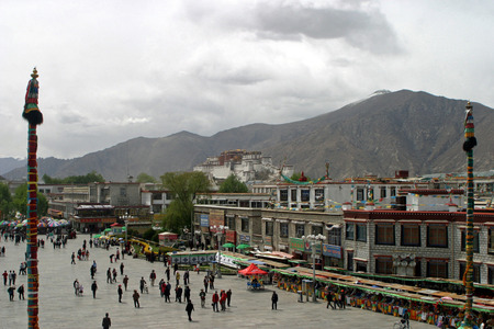 people's cultural palace: Potala palace Editorial