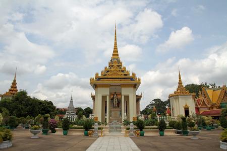 プノンペン、カンボジアでのシルバー ・ パゴダ