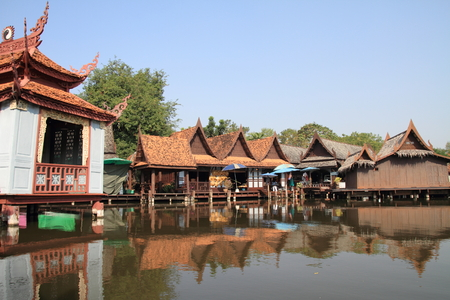 march� flottant: Le march� flottant en Tha�lande Editeur