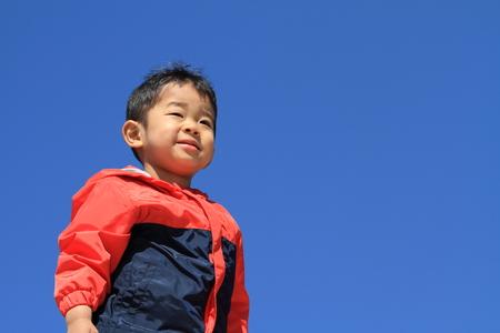 日本男児の青い空の下