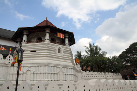 kandy: Temple of the tooth in Kandy, Sri Lanka