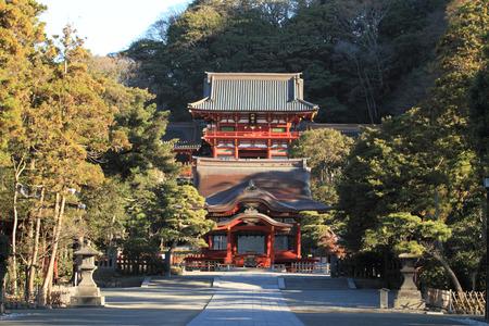 hachimangu: Main shrine and dance hall of Tsurugaoka Hachimangu shrine in Kamakura