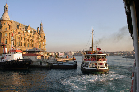 haydarpasa: Haydarpasa terminal in Istanbul, Turkey