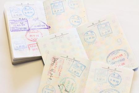 日本の passort に多くのビザ 写真素材