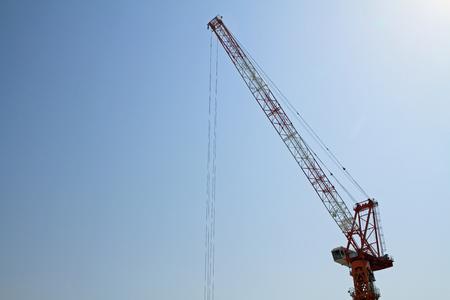 grue  tour: grue � tour au chantier de construction au Japon