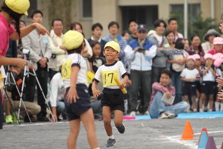 日本の幼稚園で運動会 写真素材
