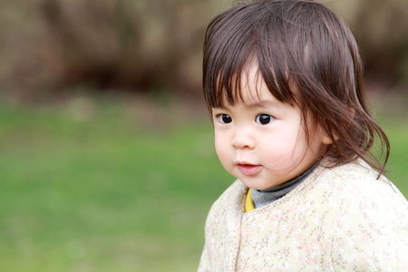 1 year old: Smiling Japanese girl (1 year old)