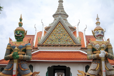 Wat Arun (temple of dawn) in Bangkok, Thailand 免版税图像