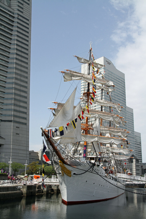 maru: Nippon maru, sailing ship in yokohama, Japan