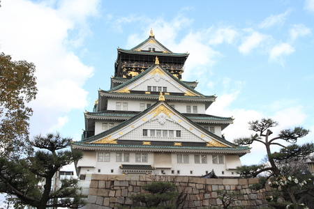 castle tower of Osaka castle in Osaka, Japan 免版税图像