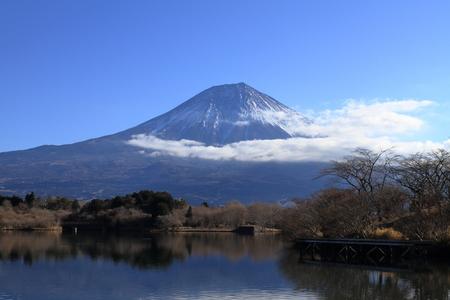 Mt. Fuji, view from Tanuki lake, Shizuoka, Japan (winter) 写真素材