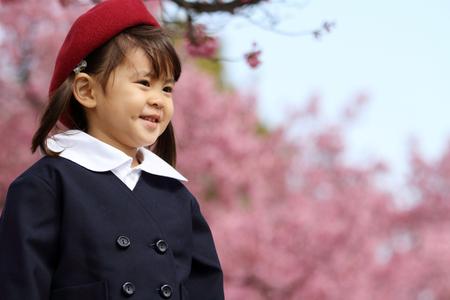 Japanese girl in kindergarten uniform (3 years old) 写真素材