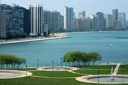 city park skyline: Chicago cityscape and Michigan lake in summertime