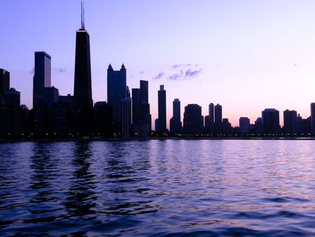 purple outlined silhouette of a Chicago cityscape at sunset