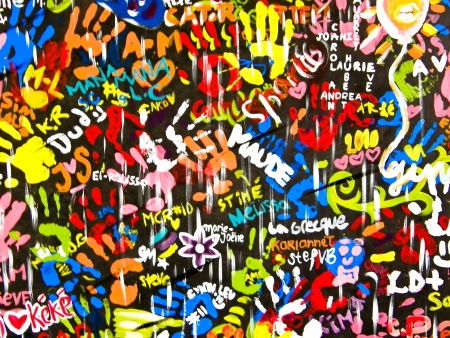 funky colorful and bright graffitis on wall Stock Photo - 6982197