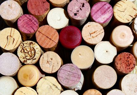 dring:  wine corks background