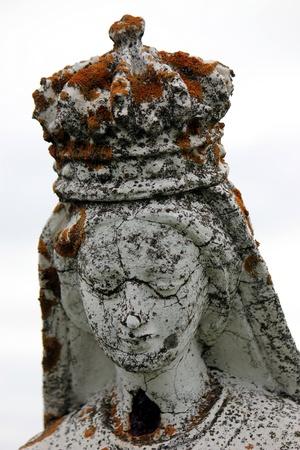 stone tombstone: ancient stone tombstone