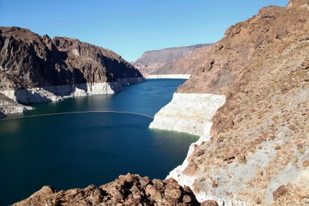 famous industries: Hoover Dam