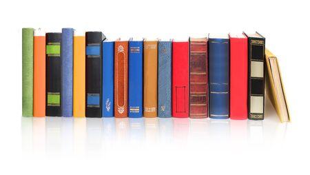 Pile de livres isolé sur fond blanc Banque d'images