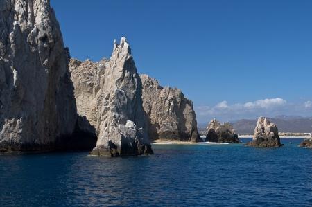 Formations rocheuses spectaculaires passer de l'oc�an Pacifique au large de la c�te de Cabo San Lucas Banque d'images