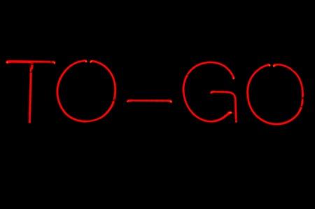 Een rode neon aan te melden te gaan Stockfoto - 13738441