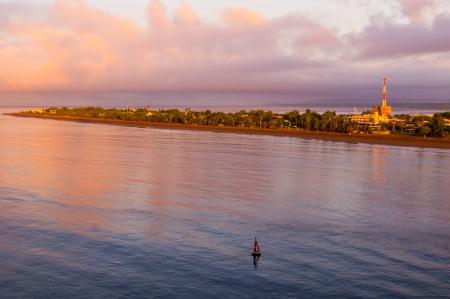 Beach front view of Puntarenas Cost Rica at sunrise Banco de Imagens - 14760683